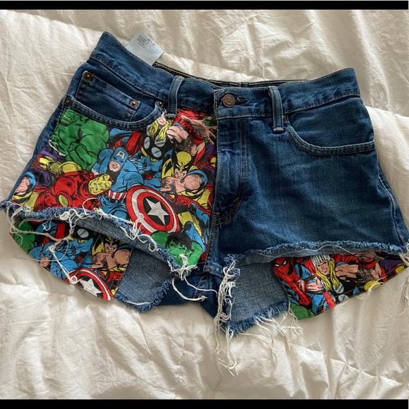 Levi's Pants - Levi's Marvel Mid Rise Shorts